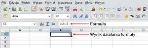 Okno programu Calc ukazujące róznicę między formułą awynikiem obliczenia formuły