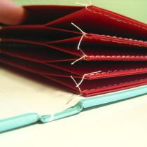 "Dokument główny - thumbnail (image: ""Sewn square memo pocket book"" by Kasaa; licensed under CC-by-nc-2.0; URL: ""http://www.flickr.com/photos/63103685@N00/2600942971/"")"